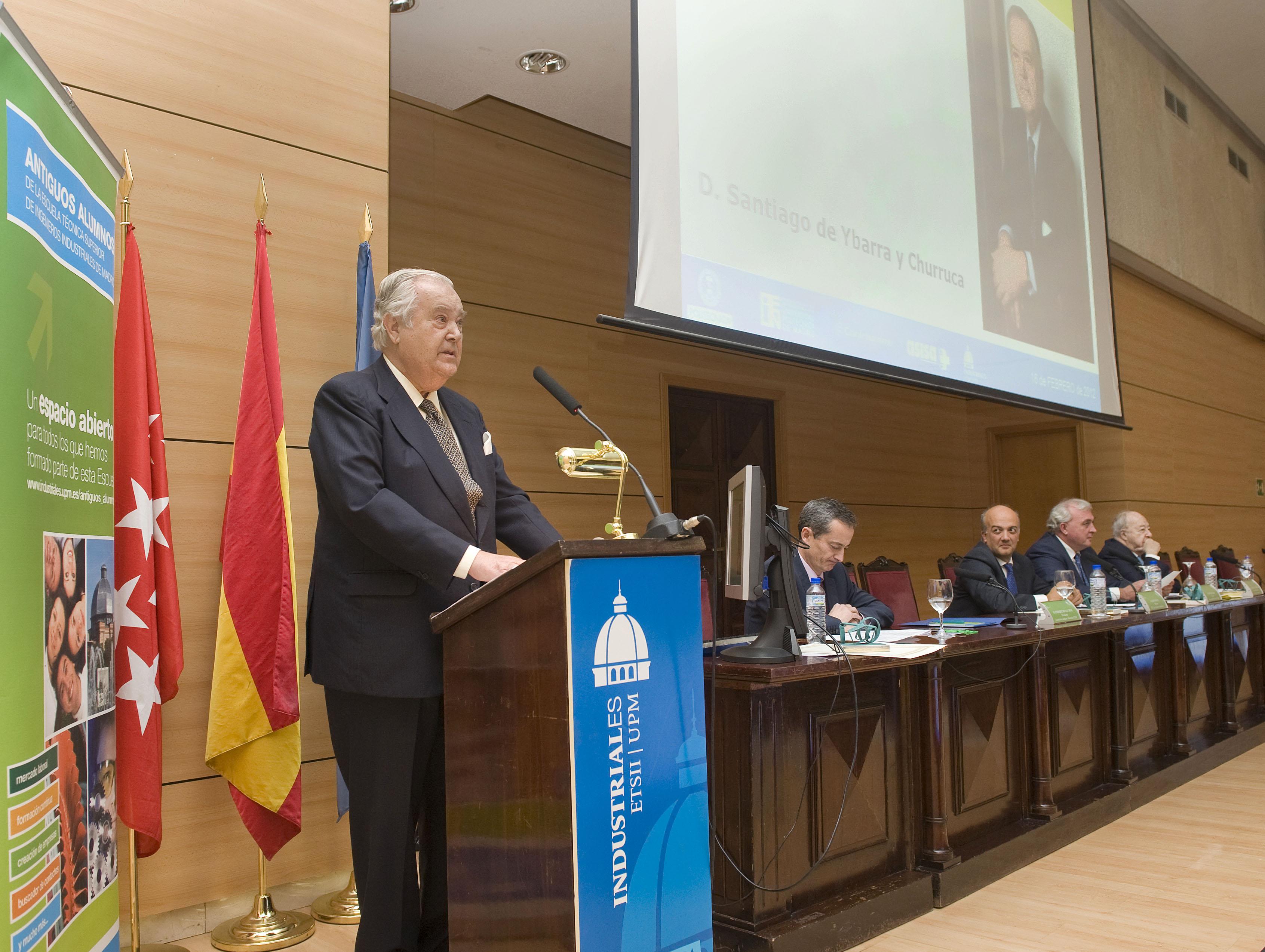 Santiago Ybarra Durante el Acto