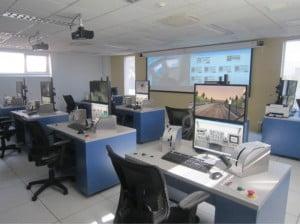 Oficinas de control del simulador Virtual de CITEF-ETSII