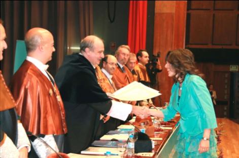 Olga Mula Hernández, número 1 de la 155 promoción de Ingenieros Industriales de la ETSII.