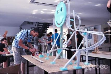 Imagen de la Competición de Ingeniería BEST