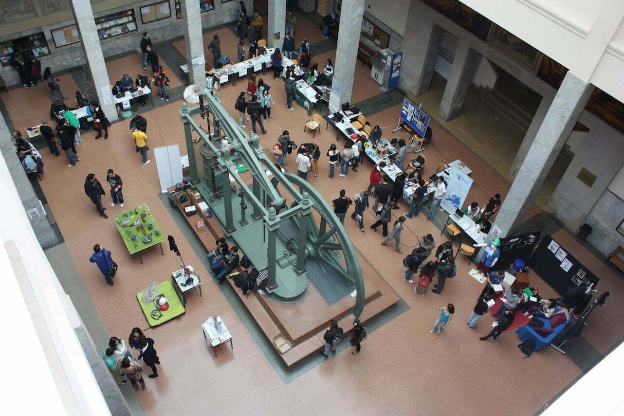 Dia de las Asociaciones en Escuela Industriales UPM