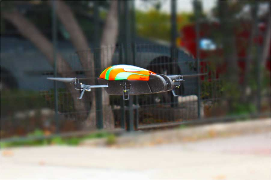 Helicóptero tripulado por los estudiantes que nos visitaron