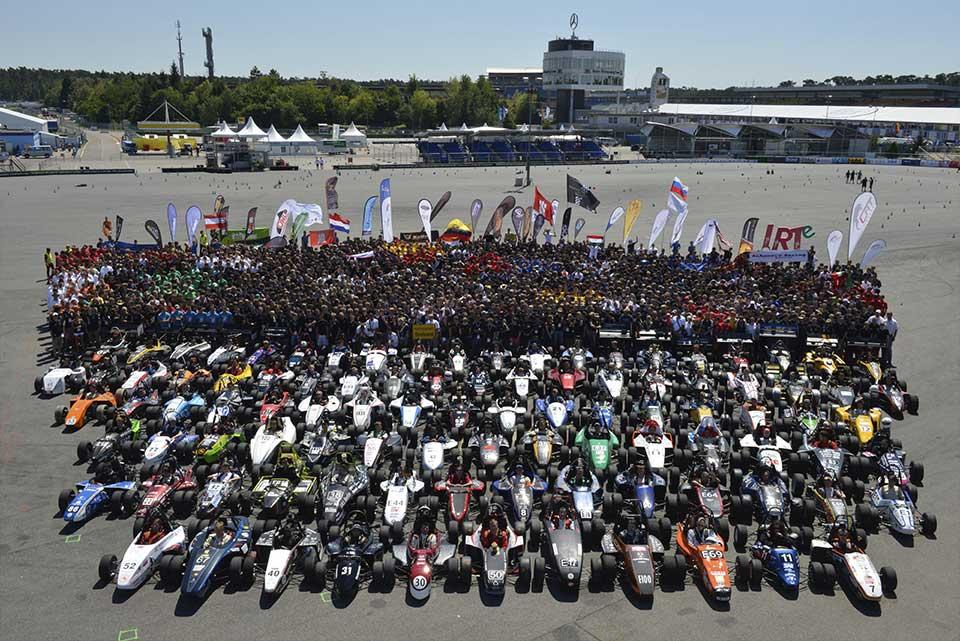 Todos los participantes incluyendo el UPM Racing de Escuela Industriales